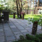 Jak dobrać wykończenie nawierzchni w ogrodzie?