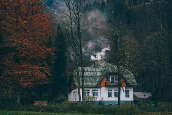 Termomodernizacja - dlaczego warto w nią zainwestować BIZNES, Ochrona środowiska - Komfort mieszkania, niższe rachunki i ochrona środowiska naturalnego – termomodernizacja domu przynosi same korzyści.